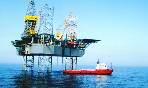 ensco agrees buy offshore drilling rival rowan